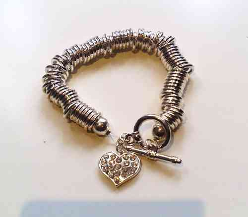Silver Heart Charm T-Bar Bracelet (Fashion)