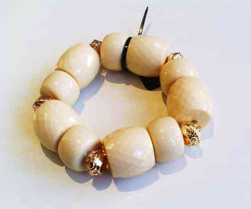 Chunky Cream Bead Bracelet with Gold Spacers